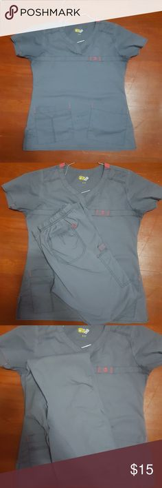 Scrub set Used scrub set. Good condition top is small pants are xs wonder wink Other