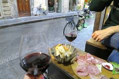 Our 4 Favorite Florence Wine Bars