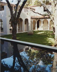 Ellegant Home Design: Calvin's Chic Miami Retreat Spanish Style Homes, Spanish House, Spanish Colonial, Spanish Revival, Miami Beach House, Miami Pool, Cabana, Garden Design, House Design