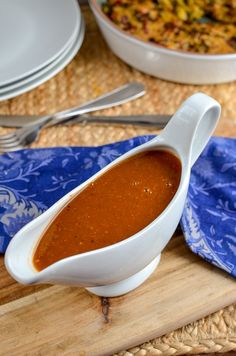 Slimming Eats Syn Free Gravy - gluten free, dairy free, vegetarian, paleo, Slimming World and Weight Watchers friendly Syn Free Gravy, Green Vegetarian, Vegetarian Paleo, Slimming World Recipes Syn Free, Slimming Eats, Slimming Word, Cooking Recipes, Healthy Recipes, Meat Recipes