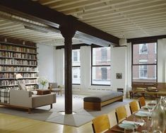 Tribeca loft by NY architects Ike Kligerman Barkle (Have I been here? Yup, I have. Sat on that bench even...)