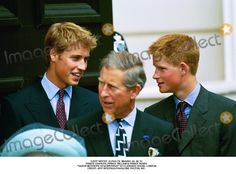 """Jeff Spicer_alpha Cn_m044951 04_08_01 Prince Charles, Prince William & Prince Henry -""""Queen Mother's 101st Birthday"""" at Clarence House, London Credit: Jeff Spicer/alpha/Globe Photos, Inc."""