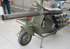 Le bazooka vespa ou vespa 150 TAP - http://www.2tout2rien.fr/le-bazooka-vespa-ou-vespa-150-tap/