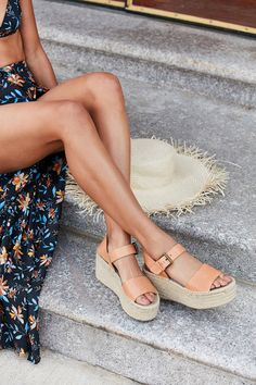 Shop Soludos Minorca High Platform Sandal at Urban Outfitters today. We carry all the latest styles, colors and brands for you to choose from right here. Shoe Boots, Shoes Sandals, High Sandals, Espadrille Sandals, Heeled Sandals, Strap Sandals, High Heels Plateau, Studded Heels, Outfit Trends