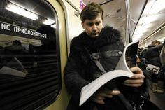 - O ile mi wiadomo, jeszcze nie wynaleziono sposobu na nieśmiertelność, więc tak, może istnieć Rosja po Putinie. Ale jeśli zapanuje chaos, to będzie osobista wina Putina - mówi Dmitrij Głuchowski. Wojciech Orliński przepytuje słynnego rosyjskiego pisarza i pisze o jego opowiadaniach 'Witajcie w Rosji'.