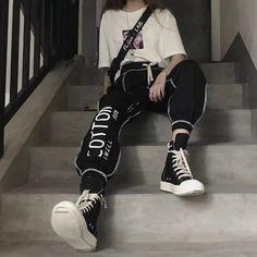 Tomboy Fashion, Teen Fashion Outfits, Edgy Outfits, Retro Outfits, Mode Outfits, Grunge Outfits, Cute Casual Outfits, Streetwear Fashion, Girl Outfits