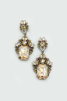 Everlynne Earrings in Champagne