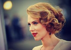 lovely wedding hair~ Scarlett Johansson