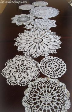 free doily table runner patterns | Recently I've seen several doily table runners onthe Internet, and I ...