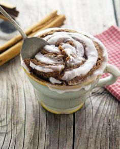 (Paleo) Cinnamon Roll In A Mug. Want. Now.
