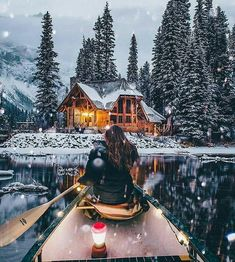 Christmas Aesthetic Cozy Lights Disney Vintage Christmas Wallpaper Ideas Looking for inspiration and a great mood with Christmas aesthetic ideas Save my collection of. Haus Am See, Lakefront Homes, Christmas Aesthetic, Winter Christmas, Vintage Christmas, Christmas Lights, Winter Snow, Winter Cabin, Cozy Winter