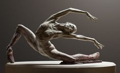 A native Californian, Richard MacDonald - american sculptor, was educated at the prestigious Art Center College of Design and received a . Ceramic Sculpture Figurative, Abstract Sculpture, Bronze Sculpture, Plastic Art, Chef D Oeuvre, Art Model, Sculpting, Statue, Pottery Clay