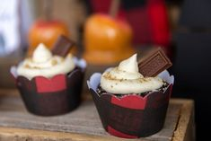 The s'mores cupcakes were SO good, my mouth is watering looking at the pictures. The cupcake liners were a quick cricut project to dress those up, and my daughter enjoyed crushing the graham crackers to sprinkle on top and putting the chocolate pieces in.