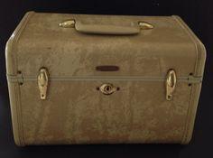Vintage Samsonite Makeup Travel Case Shwayder by ItsJustYouandMe