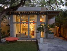 40 Super Small Housing Solutions - From Stark Minimalist Homes to Stunning Simplistic Retreats (TOPLIST)