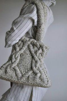 Classic cable handknit shoulder bag