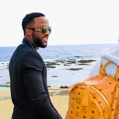Welcome to William Adoki's blog.......its all about entertainment!!!!!: IYANYA TALKS ABOUT HIS RELATIONSHIP STATUS