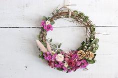 Grapevine Wreath, Dried Flowers, Grape Vines, Wedding Bouquets, Floral Wreath, Creema, Herbs, Wreaths, Decor