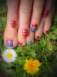"""Wonder Woman"" inspired Nail Art by ""Lorena Style"""