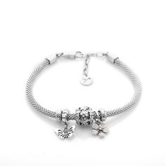 High end jewellery bracelet, 100% Made in Italy, 925 Sterling Silver, Lenght: 18cm + 3cm extension, new lobster clasp with easy fastening and new unscrewing system. Made with 925 sterling silver charms. All is compatible with Pandora and Trollbeads. To customize with Byou elements. 2 stoppers are included.. 2 stoppers are included..