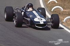 American motorsport legend Dan Gurney has died today, aged from complications related to pneumonia. Real Racing, F1 Racing, Le Mans, Bugatti, Grand Prix, Nascar, Dan Gurney, American Racing, France Photos