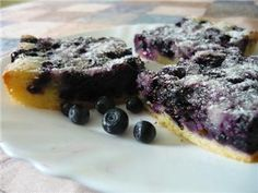 RECEPT s borůvkami: Zdravý špaldový koláč | Nazeleno.cz Steak, Food, Diet, Essen, Steaks, Meals, Yemek, Eten