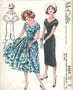 Late 1950's Dress with Wide V Neckline Short Sleeves