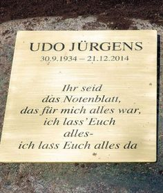 Udo Jürgens: Urne in Marmor-Flügel