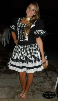 vestido-de-festa-junina-preto-4