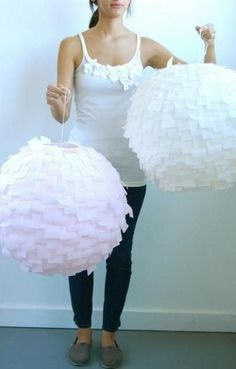 Modern Crepe Paper Lanterns DIY: Pretty, easy and inexpensvie! EDIT: I did this with a lantern and orange crepe paper. Do It Yourself Baby, Green Eggs And Ham, Paper Crafts, Diy Crafts, Diy Paper, Paper Lanterns, Paper Lamps, Lantern Decorations, Dyi Lanterns