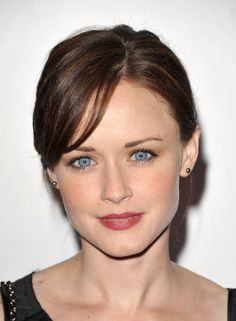 known for her role as Rory Gilmore in the WB/CW comedy-drama Gilmore Girls.