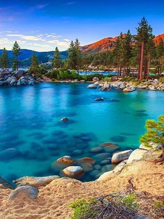 5 hidden beaches at Lake Tahoe Places To Travel, Travel Destinations, Places To Go, Skier, Hidden Beach, All Nature, Nature Pictures, Beautiful Landscapes, Strand