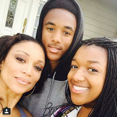 Chante Moore and her kids