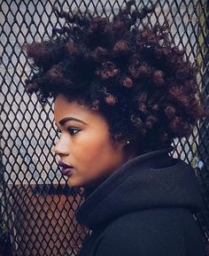 Afro hair is typically associated with natural curls that have a thick, frizzy texture. Such a distinctive type of hair might seem hard to manage, but this has not stopped African beauties from spo… Pelo Natural, Natural Hair Care, Natural Hair Styles, Natural Curls, Natural Beauty, Long Curly Hair, Big Hair, Curly Afro, Black Power