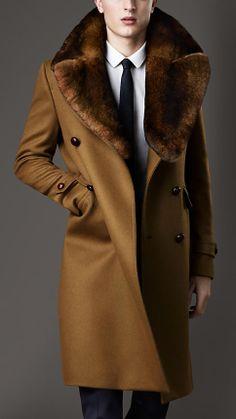Burberry Fur Collar Military Coat in Brown for Men Coat Dress, Men Dress, Herren Outfit, Well Dressed Men, Gentleman Style, Top Coat, Mode Style, Style Blog, Fur Collars