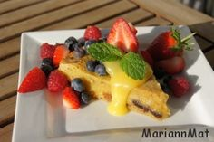 Blondies med friske Bær og Lemon curd   MariannMat