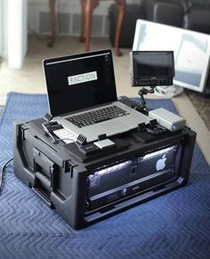 Woodworking Projects You Can Sell. Computer Build, Computer Setup, Computer Case, High Tech Gadgets, Technology Gadgets, Spy Gadgets, Module Design, Pelican Case, Server Rack