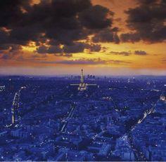 Wolkenhimmel, Eiffelturm