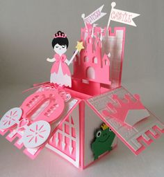 This is an adorable and easy to cut and put together Princess Castle Card In A Box. These types of cards are all the rage right now. This type of Fancy Fold Cards, Folded Cards, Kids Cards, Baby Cards, Tarjetas Diy, Exploding Box Card, Pop Up Box Cards, Card Boxes, Princess Castle