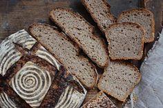 80% žitný kvasový chléb se spařenou žitnou moukou – Maškrtnica Bread, Food, Brot, Essen, Baking, Meals, Breads, Buns, Yemek