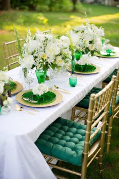 emerald green and gold table decor