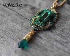 Dorota Walentyn- Góral, DotArt, beading, wisior, beaded necklace, emerald, www.polandhanmade.pl, #DotArt, #pendant, #geometric, #beading, #polandhandmade