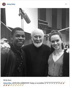 John Boyega and Daisy Ridley visit John Williams conducting new Star Wars soundtrack. GAH SO jealous. Lotr, Starwars, Game Of Thrones, Star Wars Cast, Avengers, Harry Potter, John Boyega, Mark Hamill, Disney Stars