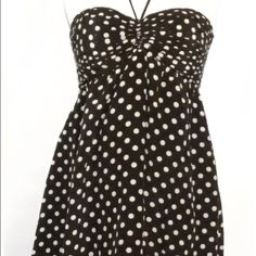 """Black halter mini summer dress midi party size M  SALE!!!  Flirty and cute halter silk summer dress from Alice & Olivia. Can't go wrong with it for a casual hangout!  Bust 14"""",  length 24"""".  Ships in one business day. Alice + Olivia Dresses Mini"""