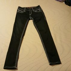 Rock Revival Aida Skinny Jeans In perfect condition only worn once. Size 28 Rock Revival Jeans Skinny