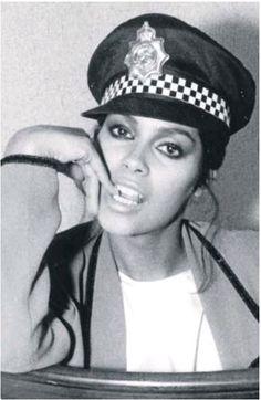 Denise Matthews Aka Vanity Vanity Singer, Vanity 6, Beautiful One, Beautiful Black Women, Denise Matthews, Sheila E, Vintage Black Glamour, Paisley Park, Roger Nelson