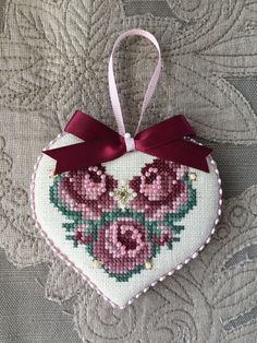 Finished Cross Stitch Ornament Just Nan Love Roses Valentine Heart Love Roses Valentine, Valentine Heart, Types Of Embroidery, Hand Embroidery Designs, Cross Stitch Heart, Cross Stitch Flowers, Cross Stitch Designs, Cross Stitch Patterns, Cross Stitching