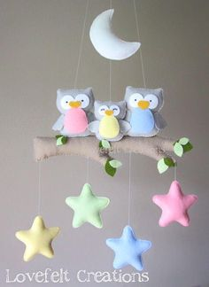 Baby mobile - Owl mobile - Baby crib mobile - Baby mobile owl : Baby mobile Owl mobile Baby crib mobile Baby by lovefeltmobiles Baby Crafts, Felt Crafts, Diy And Crafts, Felt Mobile, Mobile Mobile, Felt Baby, Bear Felt, Baby Baby, Baby Crib Mobile