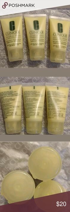 NEW 3oz Clinique Dramatically Different Lotion $30 3x 1 oz size Dramatically Different Lotions. $30 value. Never opened!   All purchases from me come with free additional samples  Bundle with my other listings for discount and shipping deal Clinique Makeup