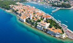 Oferta: Chorwacja-Rab: 3 lub 8 dni dla 2 osób z wyżywieniem, basenem, sauną i więcej od 424 zł w Hotelu International, w Rab. Cena: 424zł